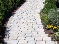Beispiel: Betonpflaster 5 beim Wegebau